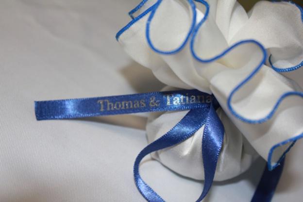Réalisez vos rubans de mariage avec vos propres motifs !