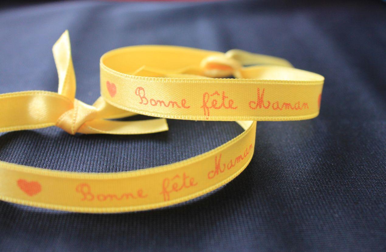 Bracelet personnalisé : un cadeau original pour la fête des mères