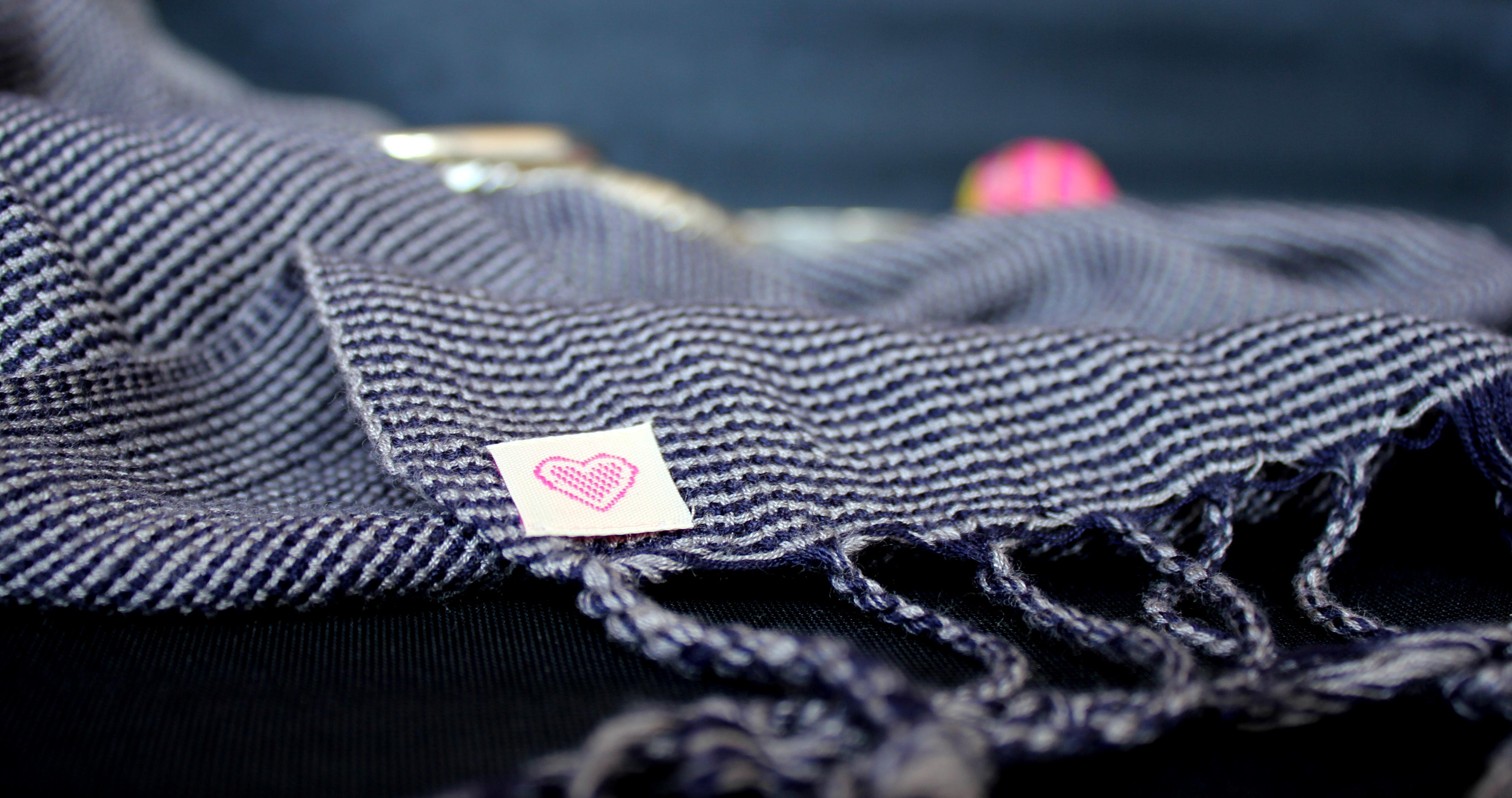 Des étiquettes tissées qui donnent de l'originalité à vos vêtements !
