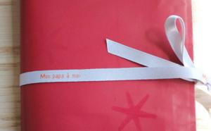 Pour la fête des pères, pensez aux rubans en satin personnalisés...